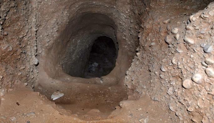 Mısır ordusu, Gazze sınırındaki 2 tüneli yıktı