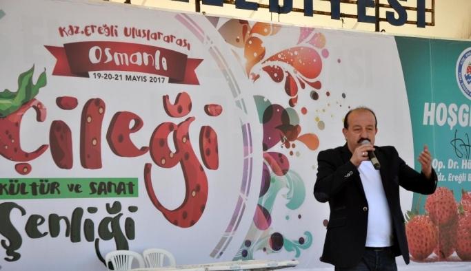 Osmanlı Çileği şenliklerinde kemençe ve horon şov