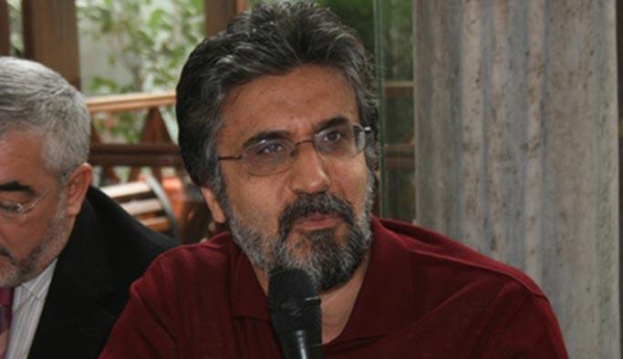 Türk basının acı günü: Akif Emre vefat etti