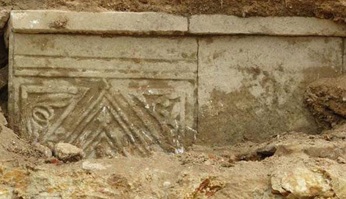 Tuzla'da inşaat kazısından tarihi eser çıktı