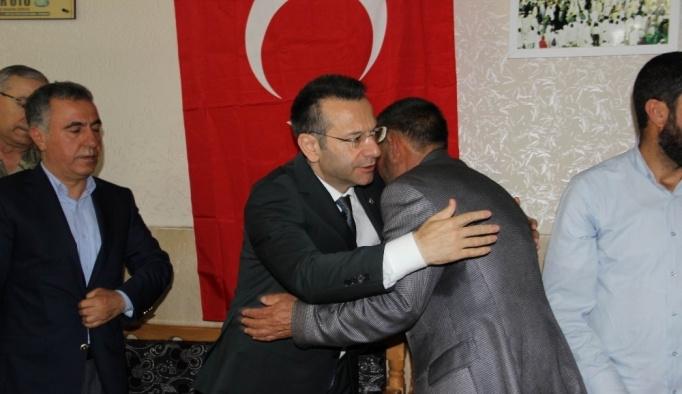 Vali Aksoy'dan şehit ailesine taziye ziyareti