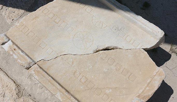 2 bin yıllık tavla tahtası bulundu