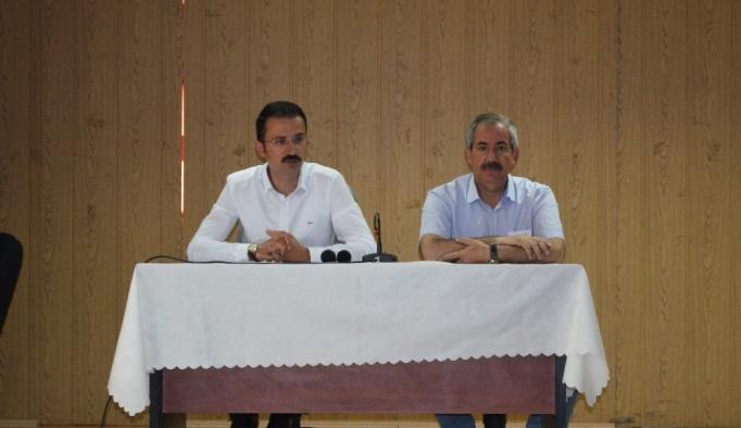 Adilcevaz'da 'Vatandaşla buluşma' toplantısı