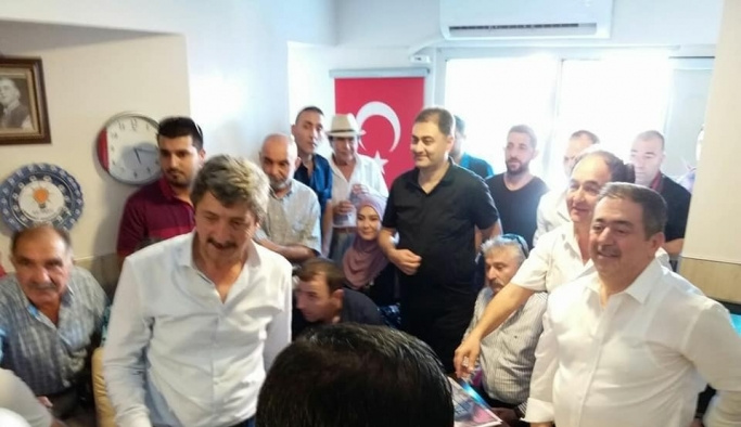 AK Parti Edremit'te bayramlaşma