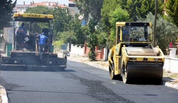 Aliağa'daki Kültür Mahallesinde asfaltlama sona eriyor