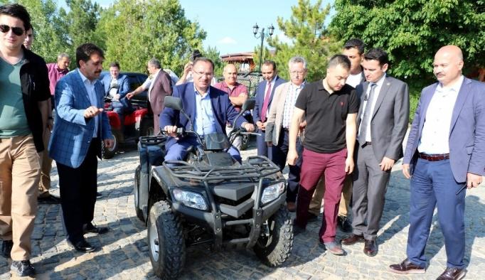 """Bakan Bozdağ: """"Yozgat, yüksek hızlı trenle daha hızlı gelişecek"""""""