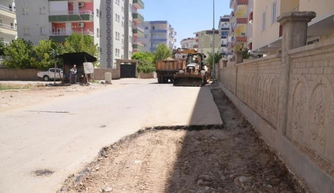 Batman'da asfalt çalışmaları sürüyor