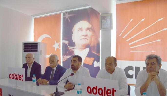 Besni CHP İlçe Başkanlığında bayramlaşma