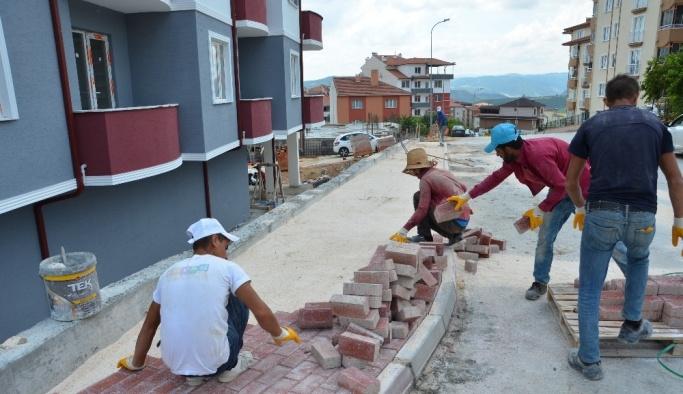 Bilecik Belediyesinden asfalt yama ve parke taşı çalışmaları