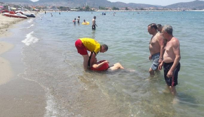 Boğulma tehlikesi atlatan kadını itfaiye kurtardı