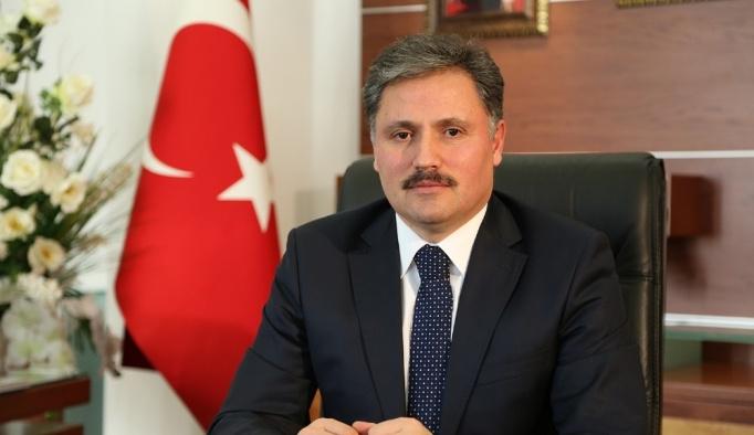 Büyükşehir Belediye Başkanı Çakır Kadir Gecesini kutladı