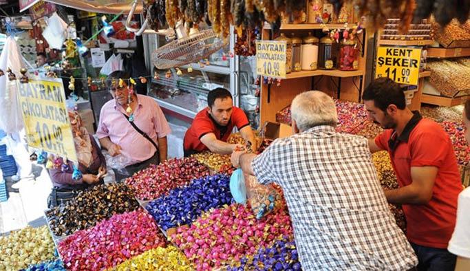 Çarşı pazarda bayram bereketi