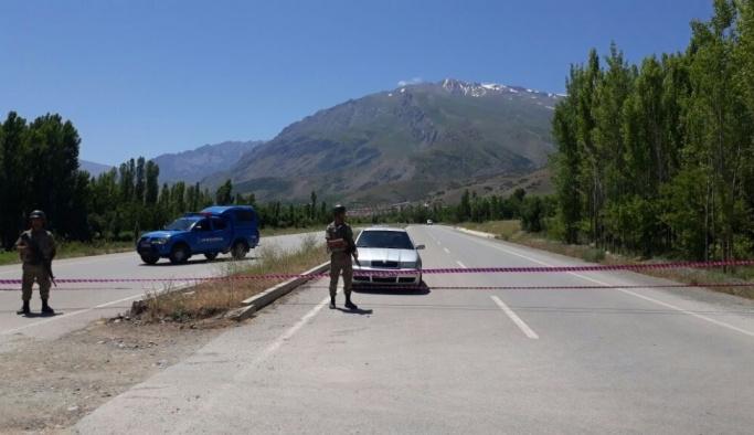 Erzincan'da yola tuzaklanan EYP uzaktan kumanda ile patlatıldı