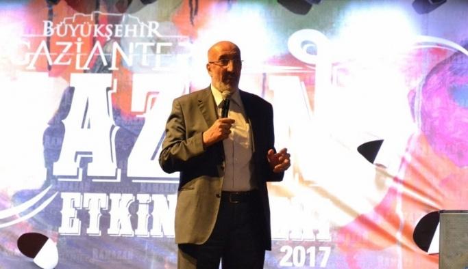 Gazeteci-yazar Dilipak ramazanı anlattı