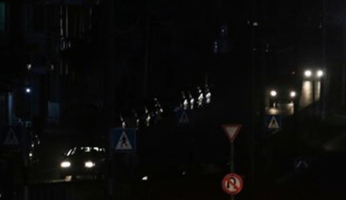 Gazze'nin ışığı söndü, karanlıkta kalanlar anlatıyor!