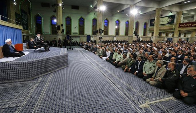 Hamaney'den İslam dünyasına ABD uyarısı