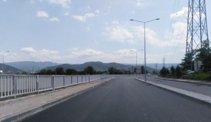 Hisar Deresi Kavşağı'nda asfalt çalışmaları yapıldı