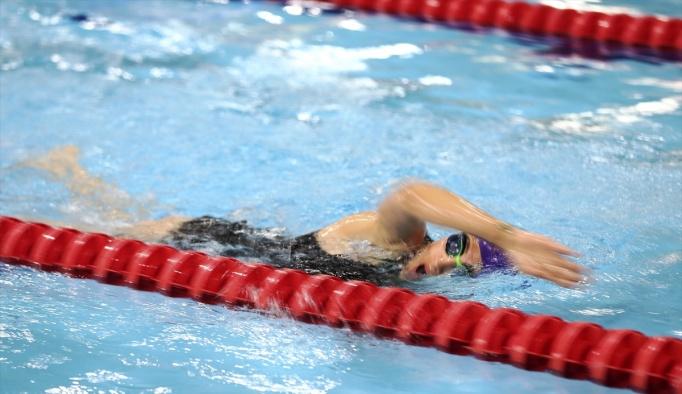 İşitme Engelliler Yüzme Milli Takımı, hazırlıklarını sürdürüyor