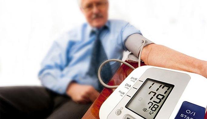 Tansiyon hastalarına 'sıcak hava' uyarısı