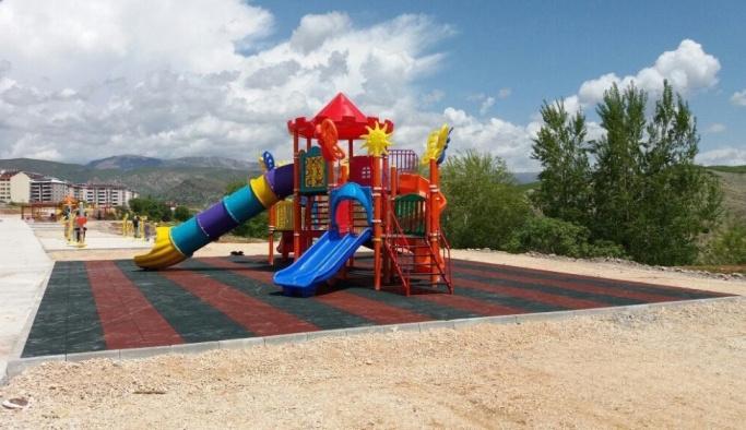 Ümraniye Belediyesi Tunceli'ye park yapıyor