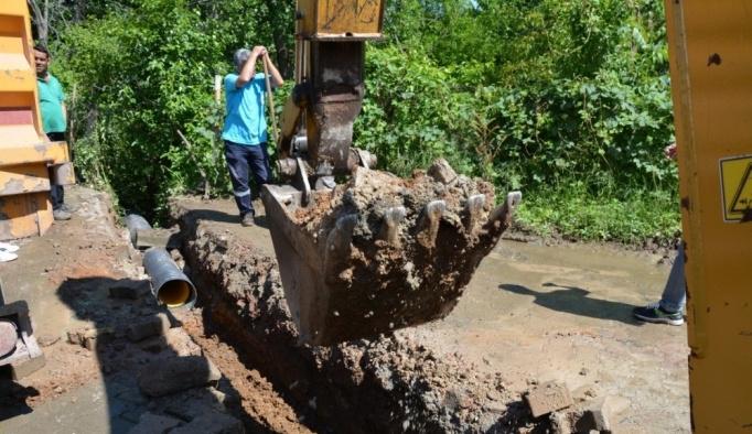 Yağmur suyu hatlarına yenileme çalışması