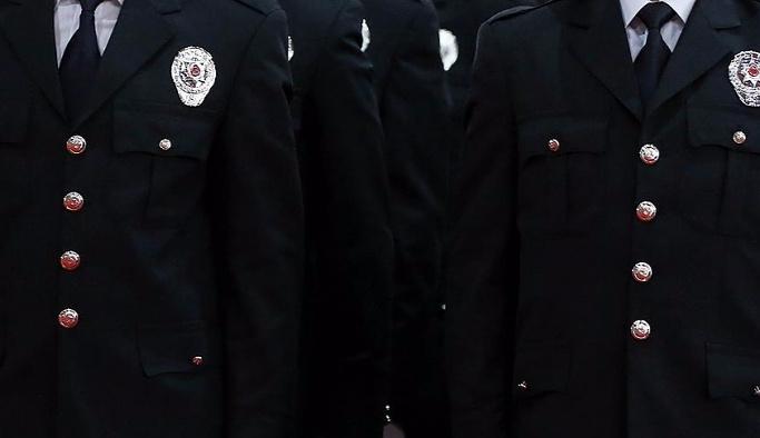 238 rütbeli polis emekliye, yüzlerce rütbeli ise terfi etti