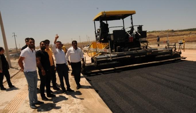 Başkan Kılıç asfalt çalışmalarını denetledi
