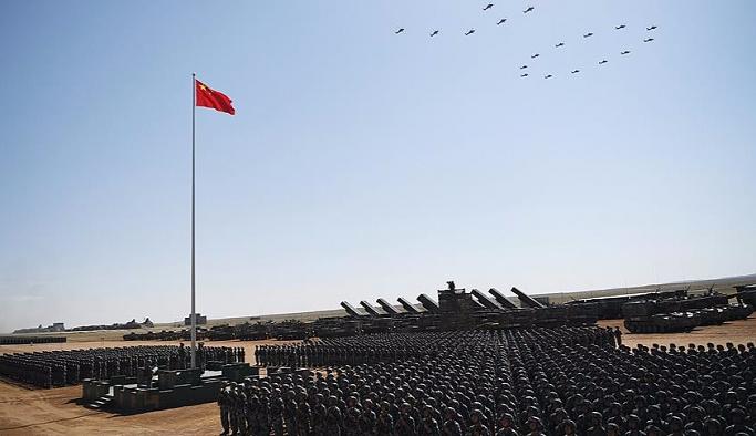 Çin ordusundan kritik zamanlama: Gövde gösterisi yaptı