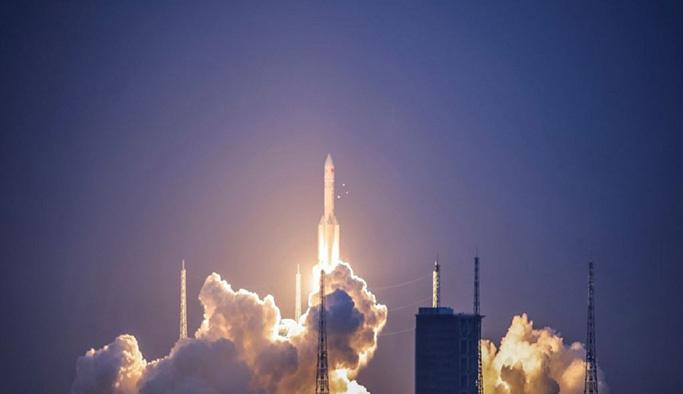 Çin roket denemesi başarısız oldu