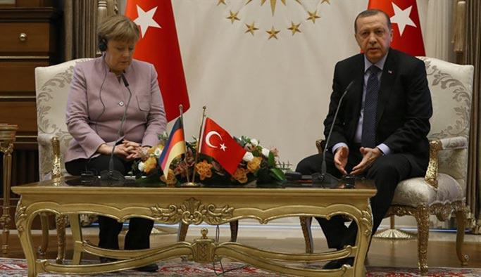 Erdoğan ile Merkel yarın görüşecek