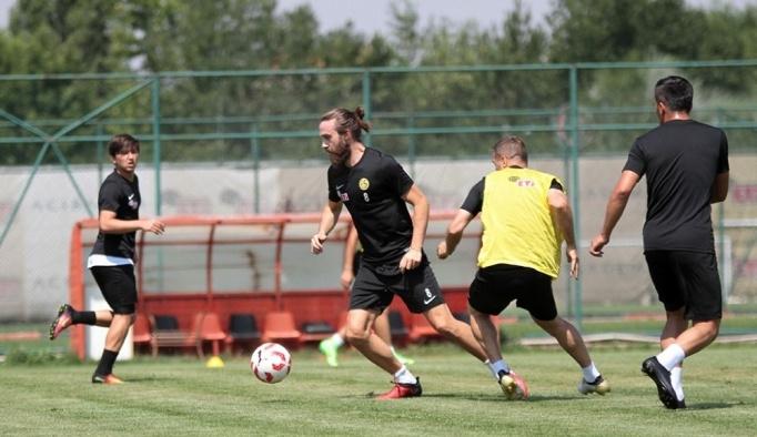 Eskişehirspor, antrenmanlarını sürdürüyor