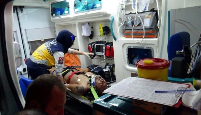 Havalandırma boşluğuna düşen İranlı mülteci ağır yaralandı