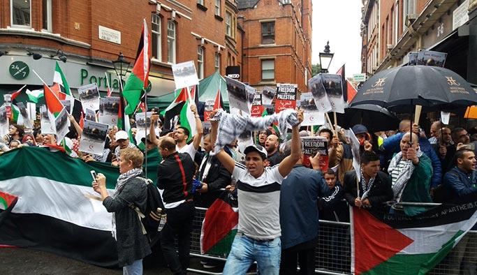 İsrail, Londra'da protesto edildi