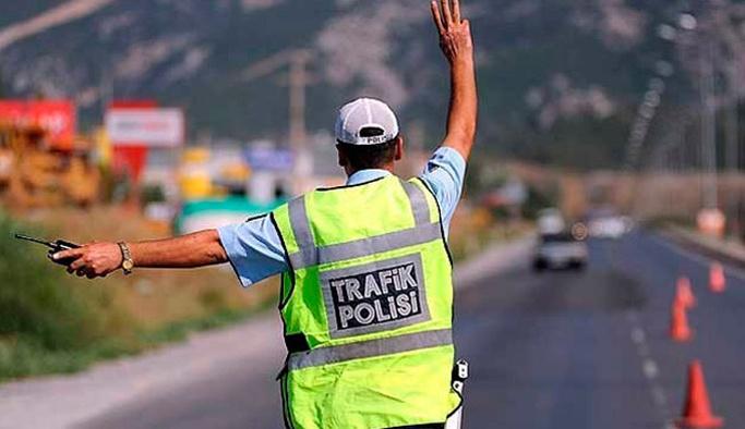 İstanbul'da çok sayıda trafik polisi gözaltına alındı