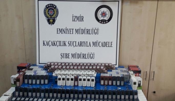 İzmir'de gümrük kaçağı telefon operasyonu