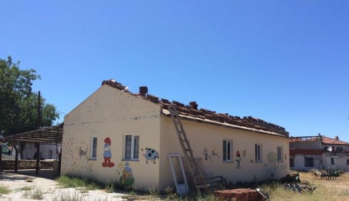 Kırsal mahallelerde bakım onarım çalışmaları devam ediyor