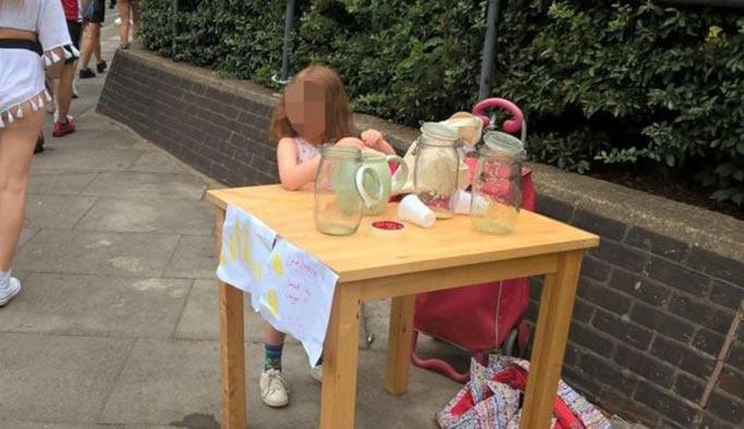 Londra belediyesinden 5 yaşındaki satıcıya ceza