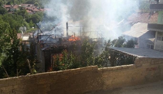 Malatya'da müstakil evde yangın