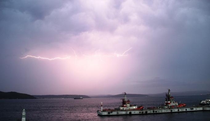 Meteorolojiden Çanakkale'ye gece yarısı uyarısı