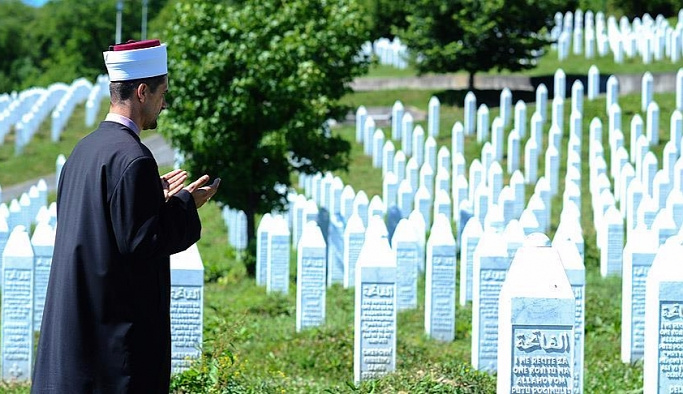 Srebrenitsa'da 25 imam öldürülmüştü