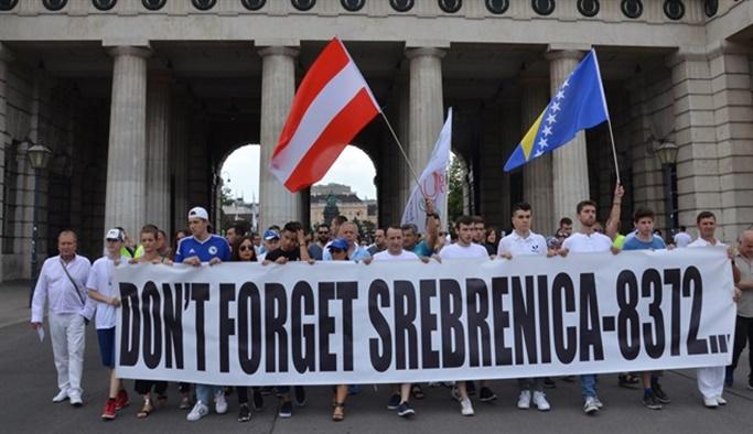 Srebrenitsa katliamını unutmadılar