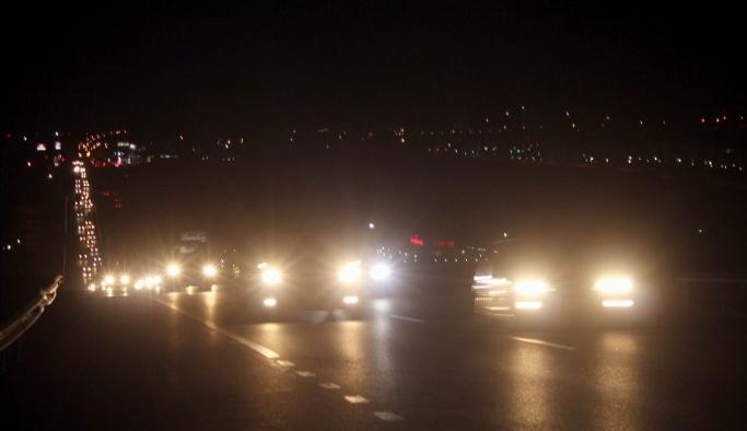 İstanbul'a dönüş trafiği Tekirdağ'ı kilitledi
