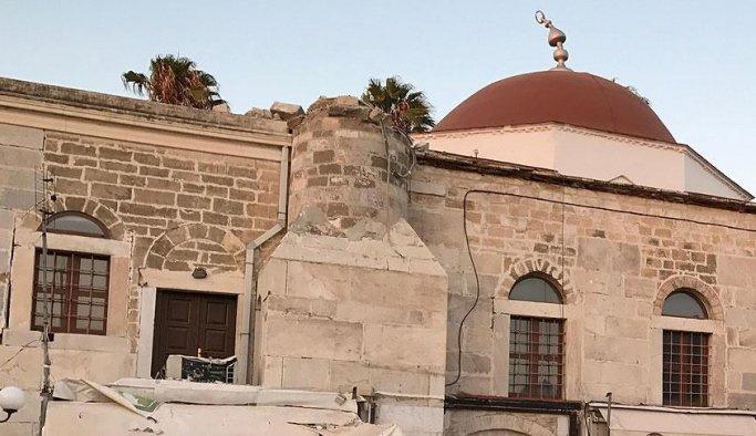 Yunanistan restorasyon bahanesiyle camileri çürümeye terk etti