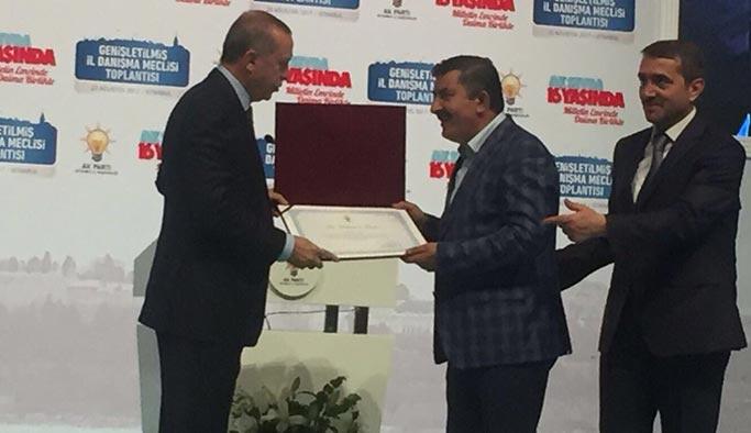 AK Parti İstanbul'da beş ilçe başkanı görevden alındı
