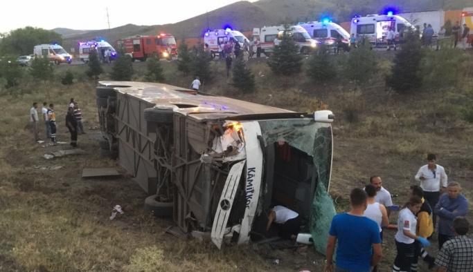 Ankara-Konya yolunda otobüs kazası