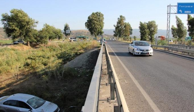 Aydın'da otomobil köprüden uçtu: 4 yaralı