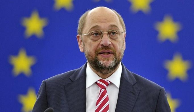 Alman siyasetçiden teröre destek itirafı
