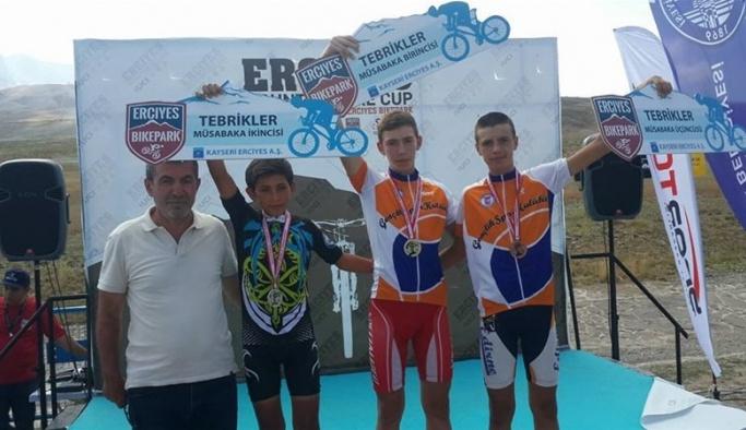 Edirneli bisikletçilerin başarısı