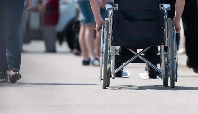 Engelli çocuk sahibi memura ek yardım