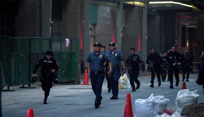 Filipinler'de uyuşturucu operasyonu katliama döndü